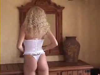 hot-blonde2.jpg