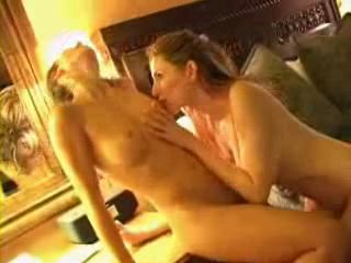 two-hot-babes-make-out1.jpg