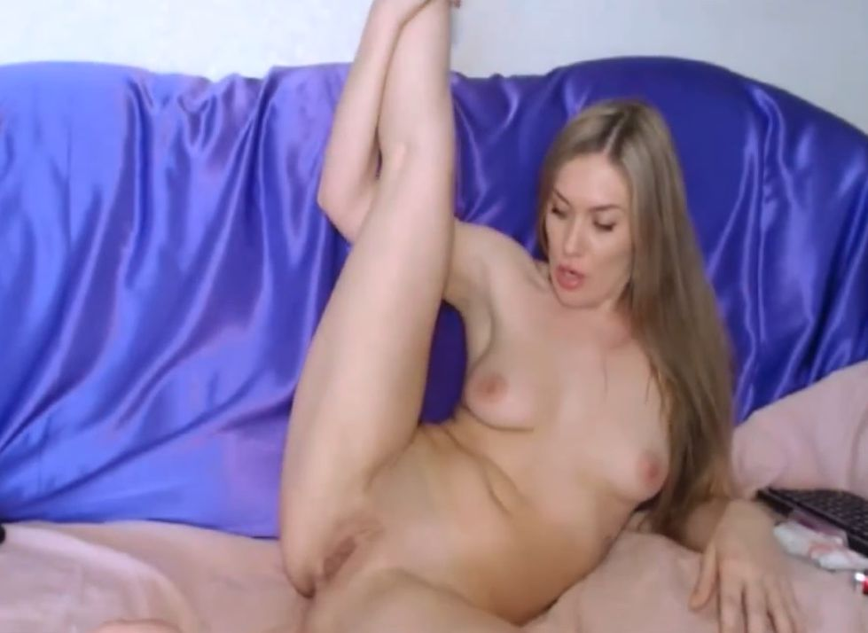 Very_bad Webcam Show On Her Newly Shaved Pussy