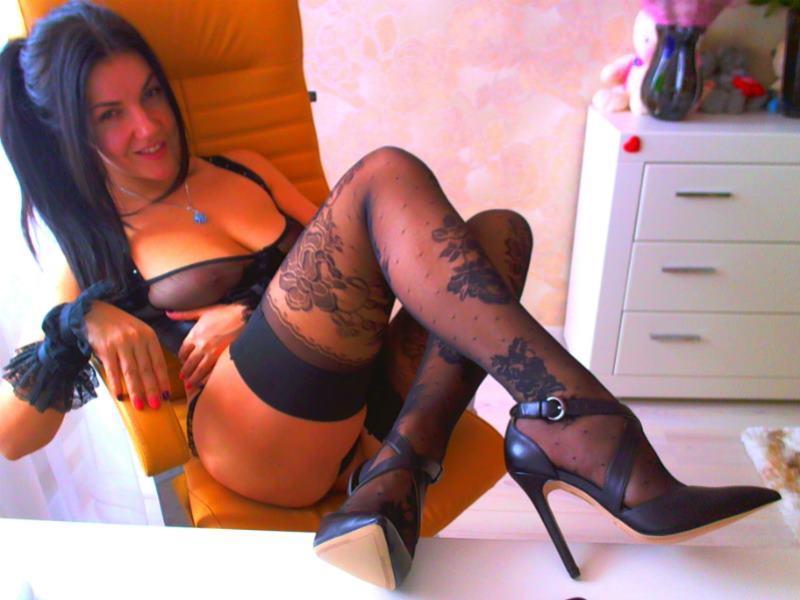 THEbestEVER TOP Webcam Model !!