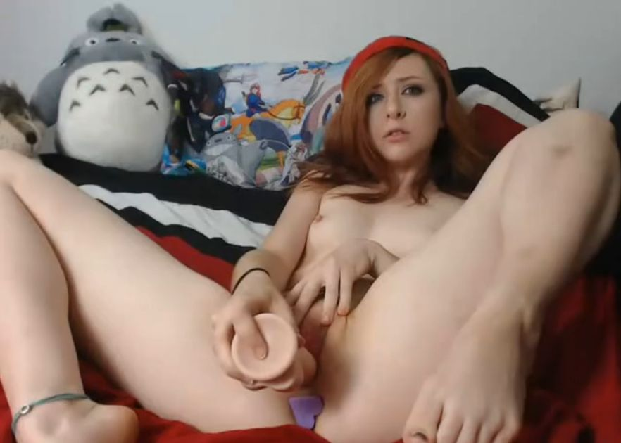 Arabella_fae With A Hearth But Plug Masturbating